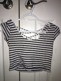 white and black striped scoop-neck cap-sleeved crop top Vaughan, L4H 3B3