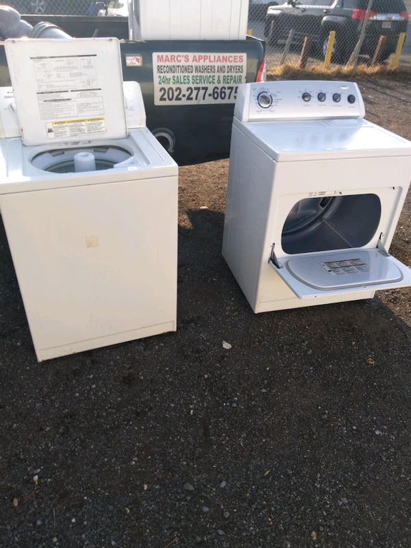 Whirlpool heavy duty washer and dryer set works good 6 month warranty 054e3d1c-0124-4ed5-999c-df9216fcb9a5