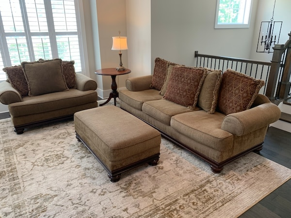 Peachy Pending Bernhardt Sofa Loveseat And Ottoman Very Good Condition Chenille Fabric Slight Wear On Top Of One Arm Overall Very Good Condition Andrewgaddart Wooden Chair Designs For Living Room Andrewgaddartcom