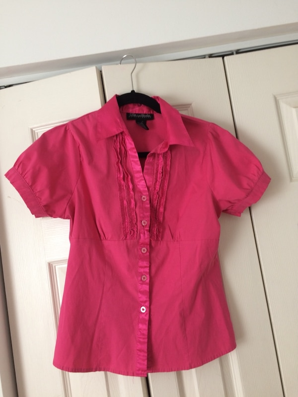 Woman large blouse 0aa638f2-c134-4f70-9022-117be07d1a4d