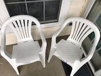 Four Plastic Chairs for Lawn/outside Alexandria, 22314