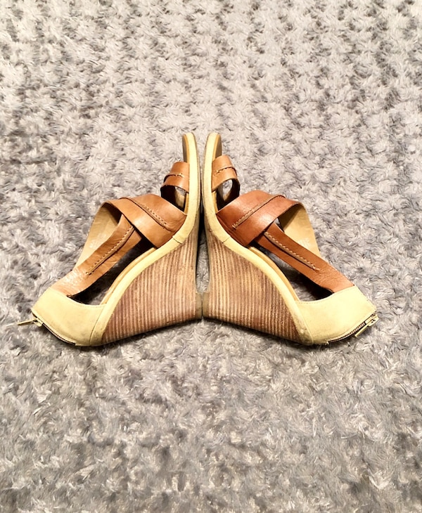 Luxury Rebel tan wedges paid $120 size 7 96f8c3a5-e471-43c4-b703-ade3cf4cfa4a