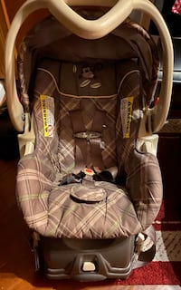 Brand New Baby Trends Car Seat with Base