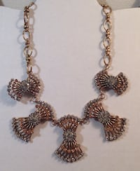 "20 1/2"" Metal White Brown Crystal/Stone Brooches Necklace"