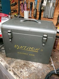 Metal tool box. In great shape! Pittsburgh, 15243