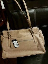 Guess 1981 purse / bag - Brand New Toronto, M3K 1N5