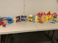 Peppa pig play houses and figurines Phoenixville, 19460