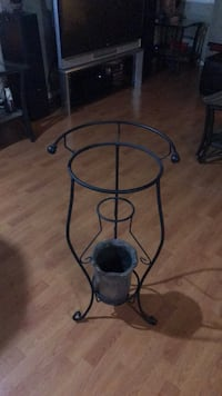 black metal frame glass top side table Surrey, V3R 2Z2