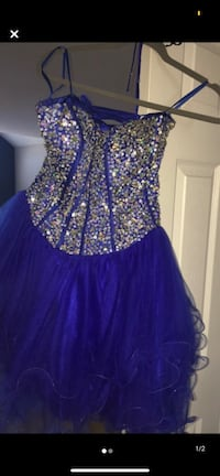 Size 8 Dress Edmonton, T6X 1R1