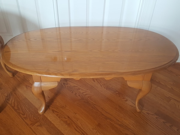 excellent used condition table and side table