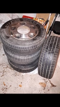 5 hole bolt pattern rims all season tires  Kitchener, N2M 2L2