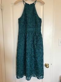 emerald green lace dress - Size 6