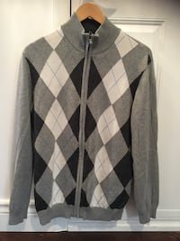 Stylish Young Men's Argyle Sweater Mississauga, L4Z 4A1