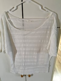 Women's top  Salem, 97301