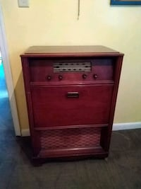 Vintage Philco Radio/Record Player Glen Burnie, 21061