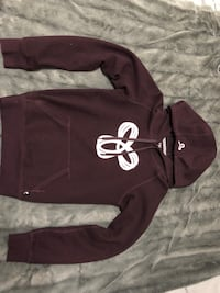 Black and white under armour pullover hoodie Toronto, M3M