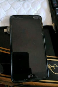LG style 2black android smartphone with black case Montréal, H3S 1J7
