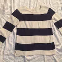 Size large knit sweater Columbia, 29201
