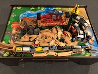 Imagination Train Table with Train & Tracks. 100's of pieces Saint James, 11780