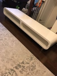 White Modern Coffee Table/Tv Stand Vaughan, L4L 3V6