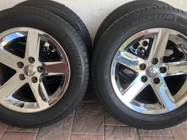 Dodge Ram 1500 Tires >> Dodge Ram 1500 Sport Wheels And Tires Michelin Lt 275 55 20