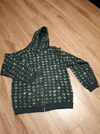 Green hoddie XL perfect condition  Longueuil, J3Y 8T4
