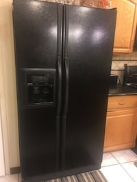 black side-by-side refrigerator with dispenser Tucson, 85746