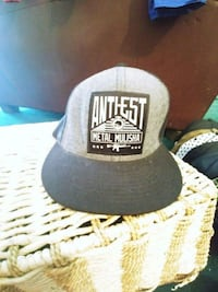 gray and black New York Yankees fitted cap Oliver, V0H 1T0