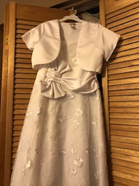 First communion or for any special ocasión dress also include vest and tiara  Miami, 33175