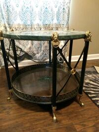 End table with clock  Oak Grove, 42262