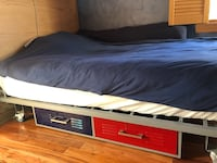 Full-size bed frame 42 km