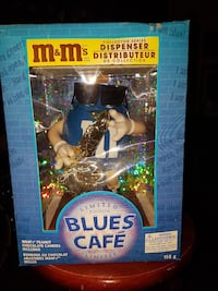 M&M's Blues Cafe dispenser with box
