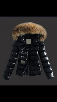 black and gray fur zip-up hoodie Dumfries, 22026
