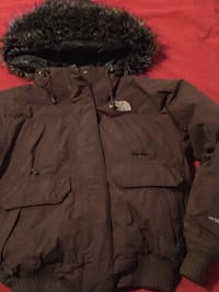 Brown north face Revere
