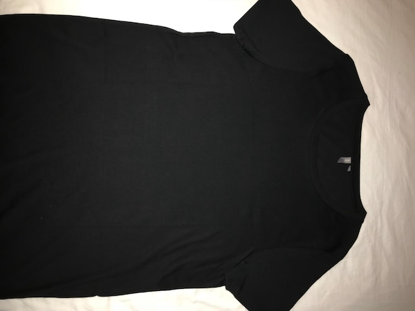 ASOS black uneck t-shirt small