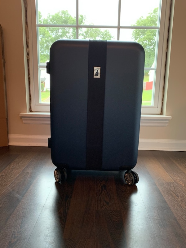 dff384e26 Used item for sale posted by Emily Bailey in Charlotte - letgo