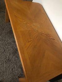 Living room table , like new , barely used .  Nashville, 37206
