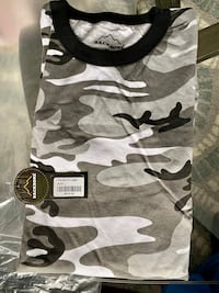 Camouflage Long Sleeves Mens Large -NEW Poolesville, 20837