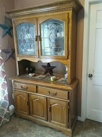 brown wooden cabinet with mirror Delaware, 43015