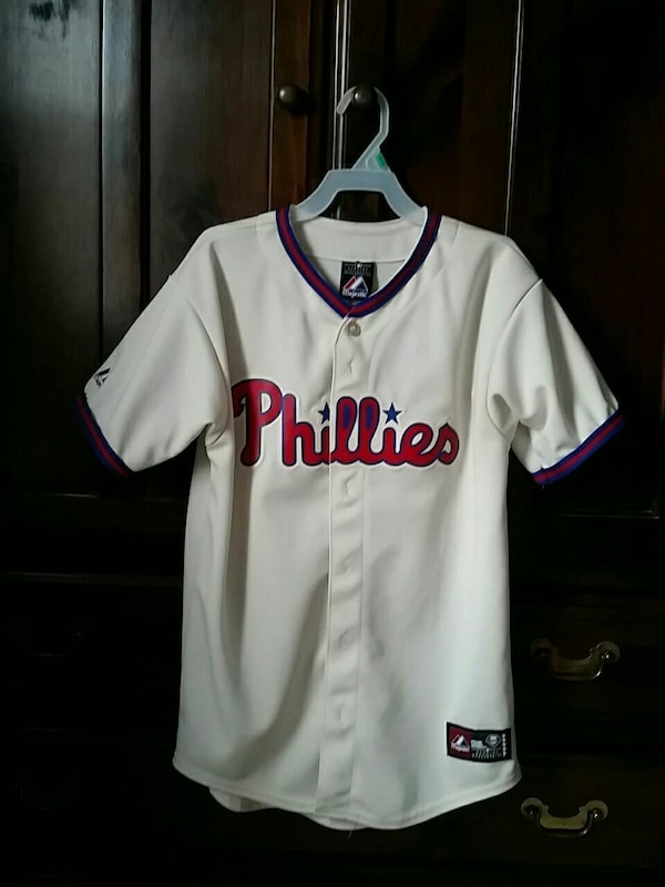 wholesale dealer bea7d 41b85 Majestic Genuine Merch Chase Utley Phillies Jersey
