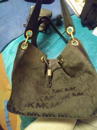 Michael Kohrs purse black