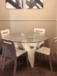Round glass top table with four chairs dining set Orlando, 32822