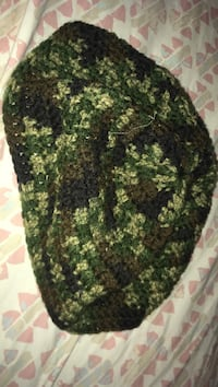 Green and black camouflage cap Mission, 78574