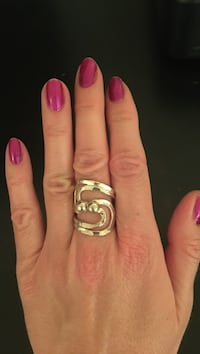 Silver ring size 7 McLean
