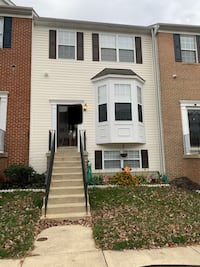 HOUSE For rent 3BR 4+BA Upper Marlboro