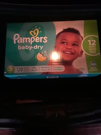 Pampers size 5 128 count
