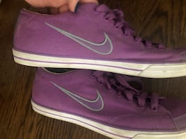 Nike Purple Sneakers