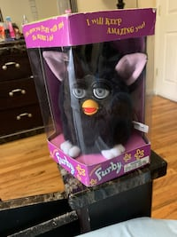 Original Furby in box never used.  1998 Jersey City, 07307