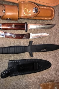 Smith and Wesson dagger and buck knife combo Calgary, T2Y