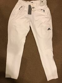 Adidas never worn white sweat pant